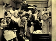 The_stateroom_scene_in_a_night_at_t